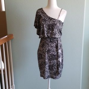 Sexy black and white lace print dress